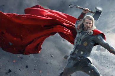 Chris-Hemsworth-as-Thor-Raising-Hammer